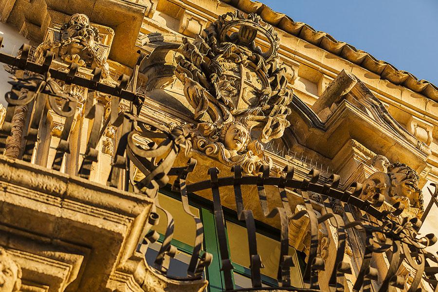 val_di_noto_sicilia_barocca_scicli_palazzo_Fava.jpg